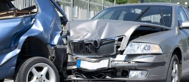 Abogados de Accidentes y Choques de Autos y Carros en Chicago.
